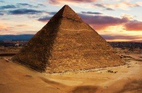 la-gran-piramide-de-guiza_54432988310_53389389549_600_396